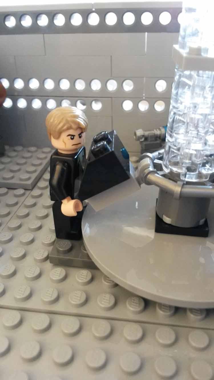 Lord Doctor's Lego Tardis (4)