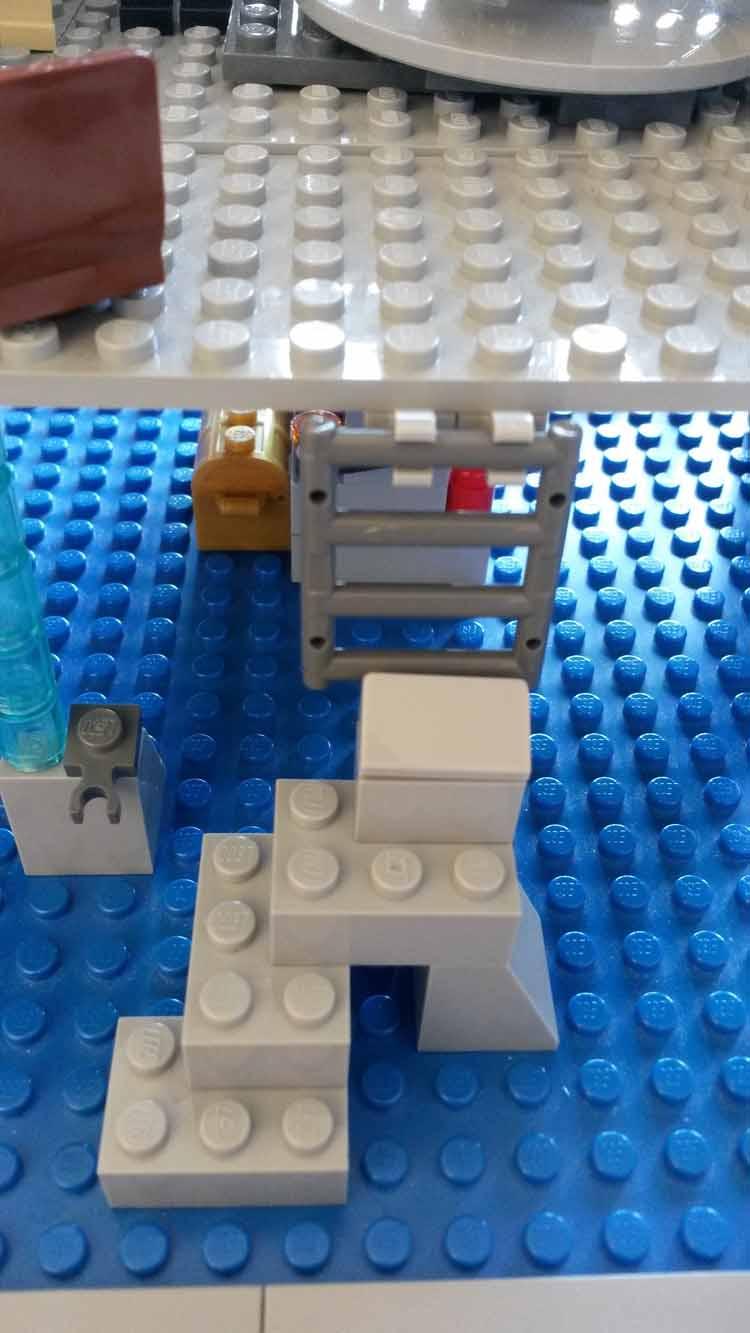 Lord Doctor's Lego Tardis (7)