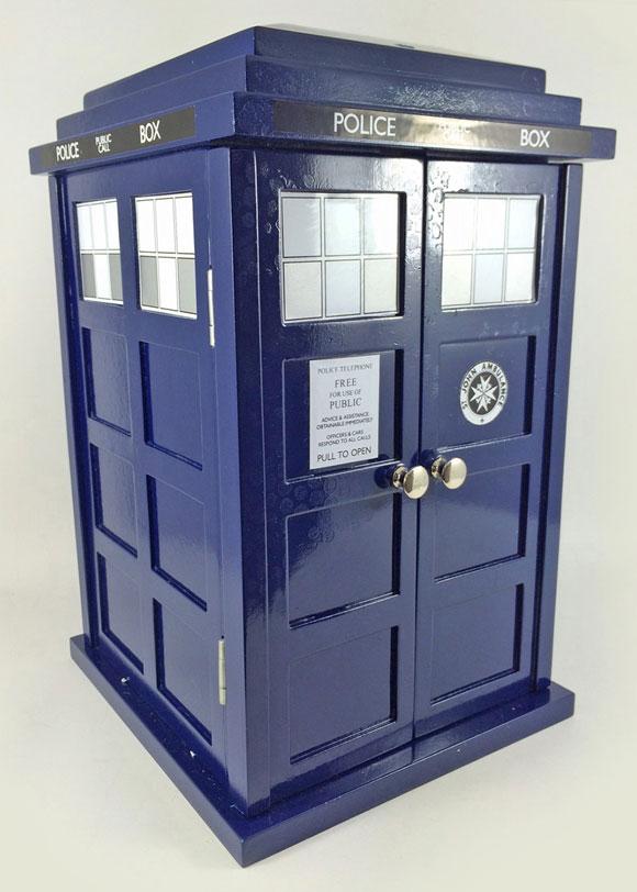 TARDIS-box-visual1-s