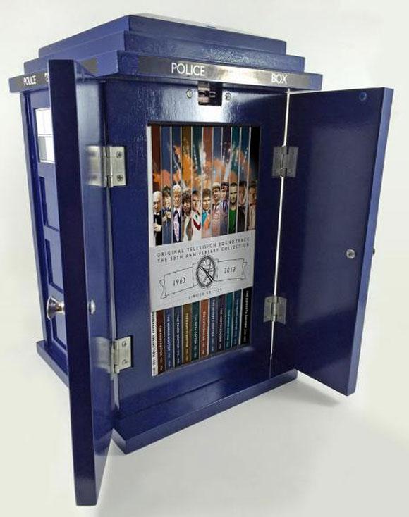 TARDIS-box-visual1-ss