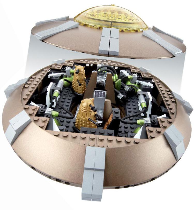 dalek-ship-box7501
