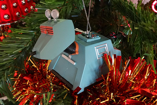 doctor-who-christmas-decoration-k9