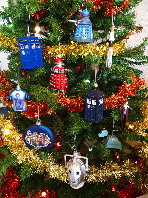 doctor-who-christmas-decoration-tree