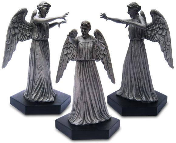 figurine-1weeping-angel-gro