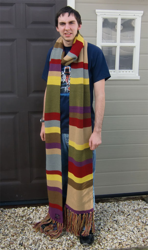 Official ...  sc 1 st  Doctor Who Merchandise - The Doctor Who Site & 4th Doctor Official Replica Scarf u2013 Back In Stock u2013 Merchandise ...