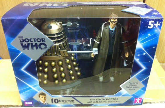 toys-r-us-dalek-set-1