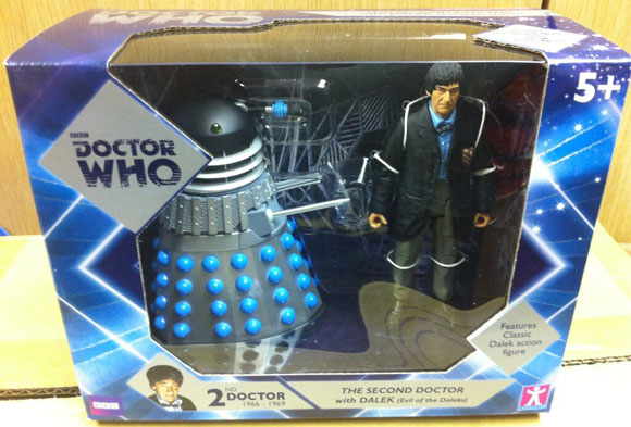 toys-r-us-dalek-set-2